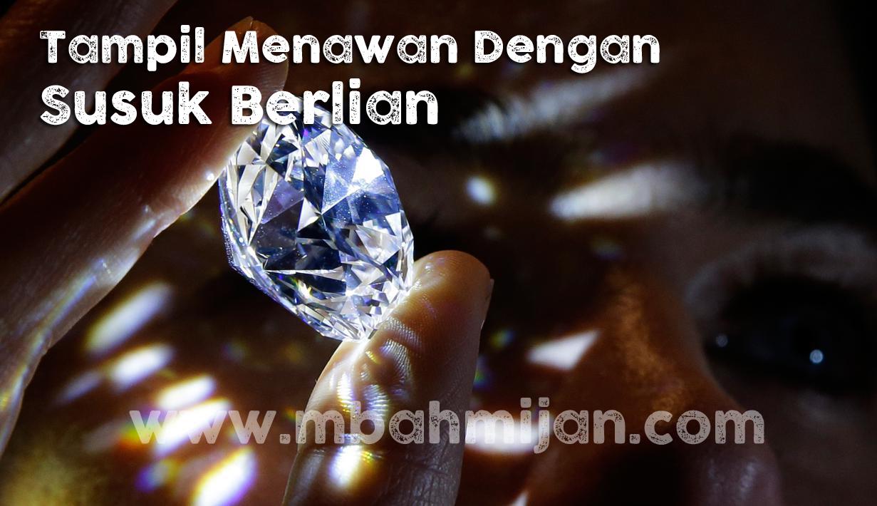Tampil Menawan Dengan Susuk Berlian